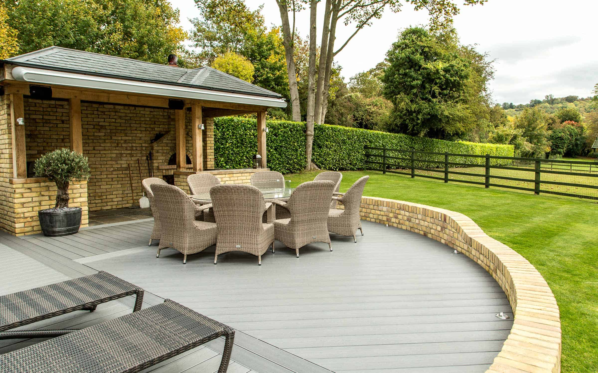 composite decking laying patterns